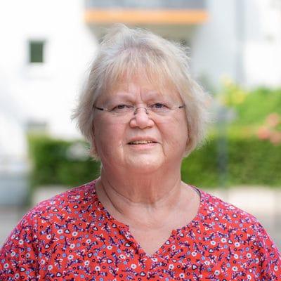Kursleiterin Gertrud Weitze-Altreuther