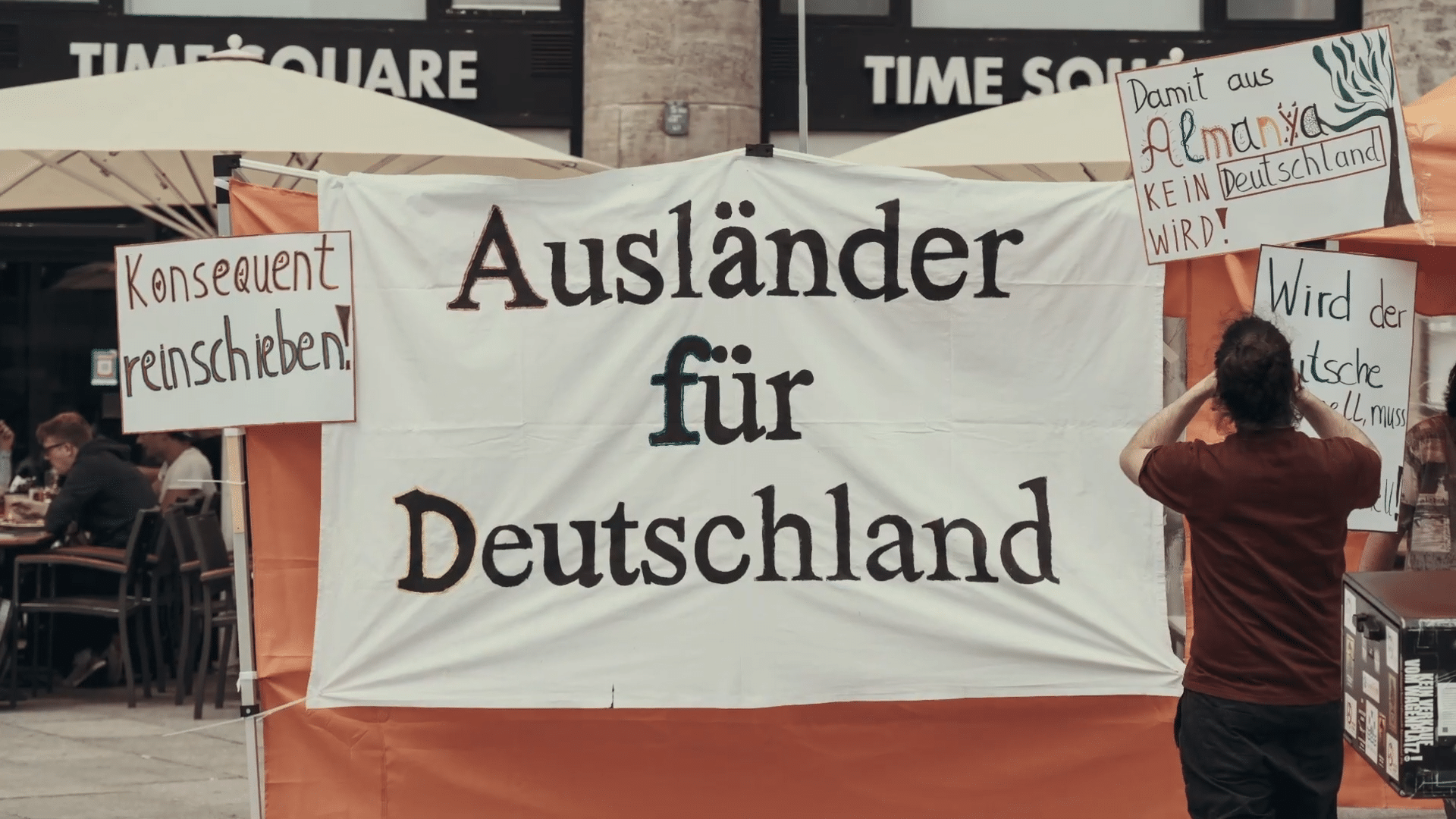 Integration vollstrecken! Integration für Deutsche!
